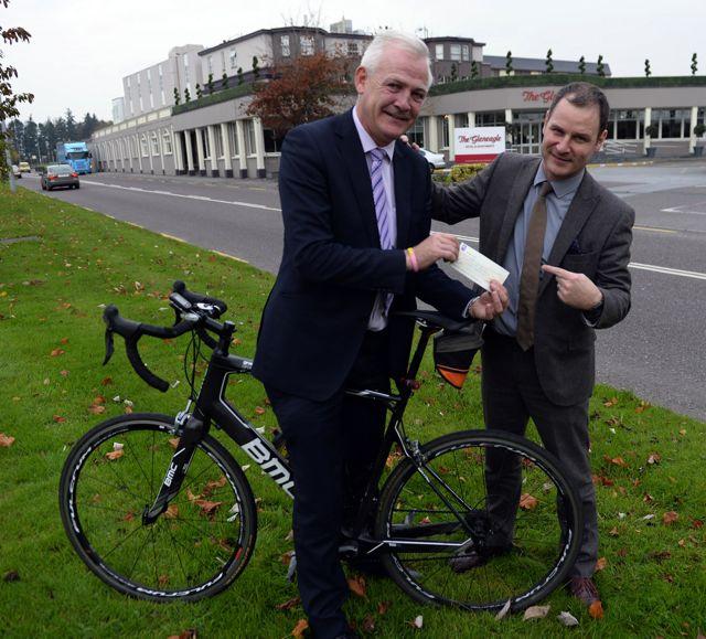 Fionnbar & Sean Mulchinock cheque from cycle